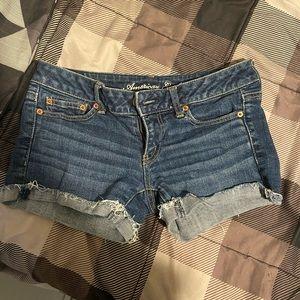 American Eagle shorts!